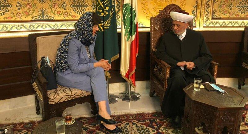 Special Coordinator Joanna Wronecka meeting with Mufti Abdel-Latif Derian in September 2021. UNSCOL Photo