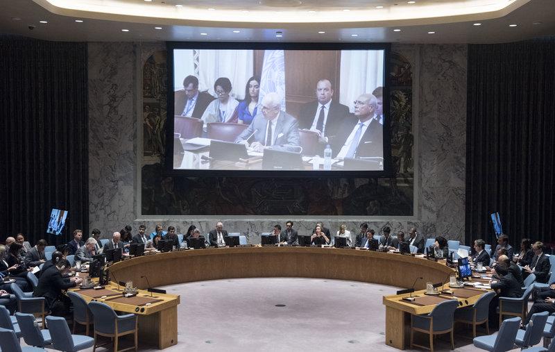 Staffan de Mistura (on screen), UN Special Envoy for Syria, briefs the Security Council via video conference.
