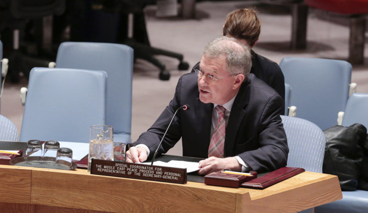 Robert Serry, Special Coordinator for the Middle East Peace Process and Personal Representative of the Secretary-General to the Palestine Liberation Organization and the Palestinian Authority, briefs the Security Council at its meeting on the Middle East Situation, including the Palestinian question.
