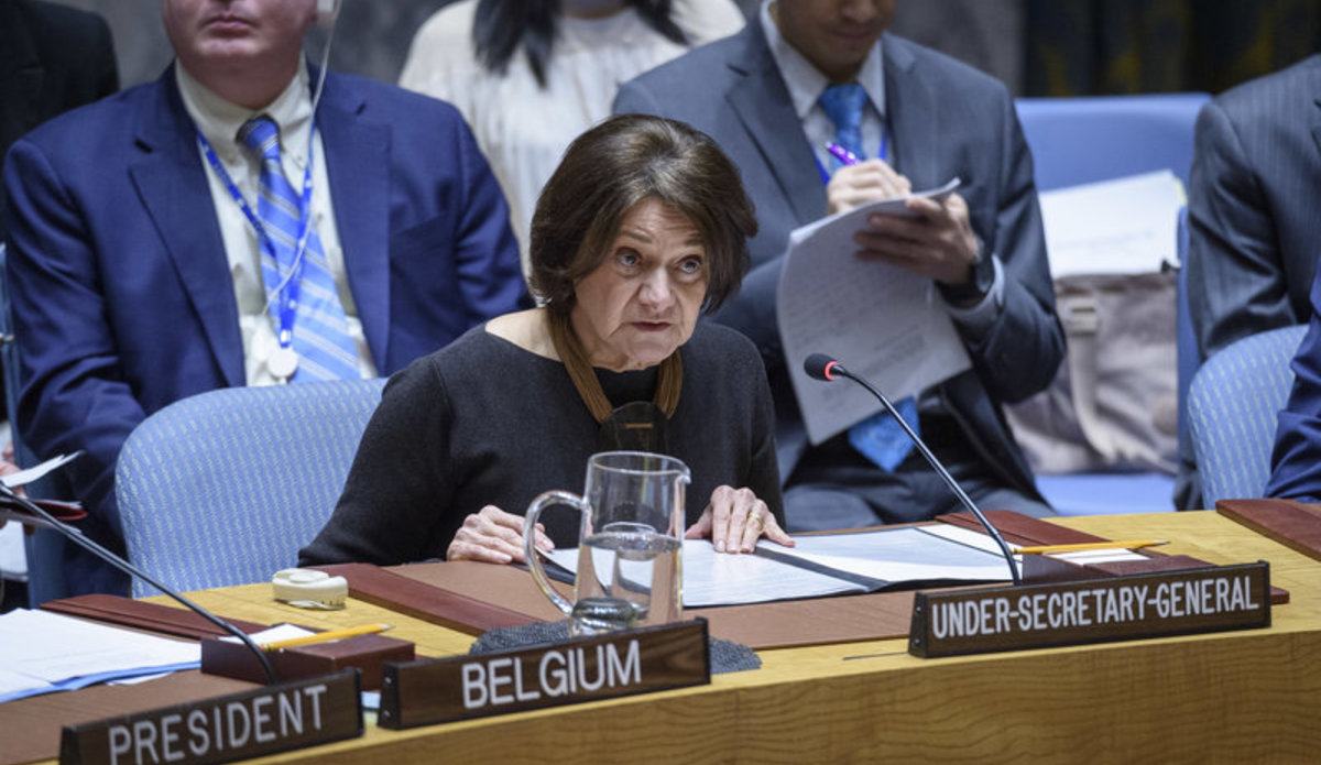 Rosemary DiCarlo, Under-Secretary-General for Political and Peacebuilding Affairs, briefs the Security Council. UN Photo/Loey Felipe